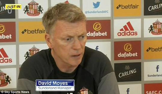 HLV Moyes lo lắng trong buổi họp báo trước trận gặp Leicester