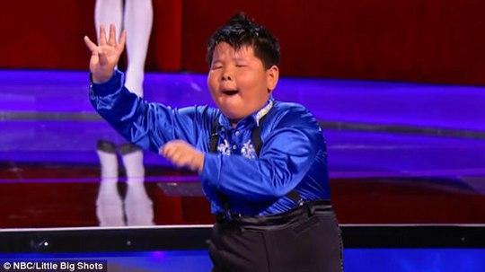 Hồng Phi say mê với điệu nhảy Latin
