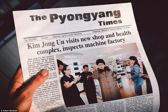 Bình Nhưỡng cũng phát hành báo tiếng Anh nhưng thông tin được kiểm duyệt rất nghiêm. Ảnh: Adam Baidawi