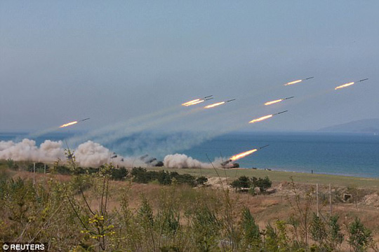 """Triều Tiên dọa """"xóa sổ"""" Mỹ - Hàn bằng 5 triệu bom nguyên tử - Ảnh 2."""