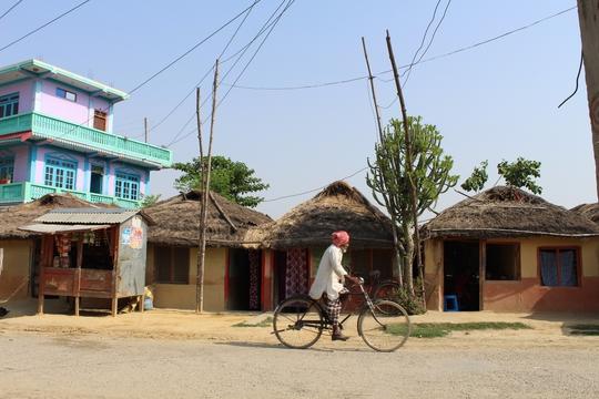 Đi chân đất ở Lumbini - Ảnh 4.