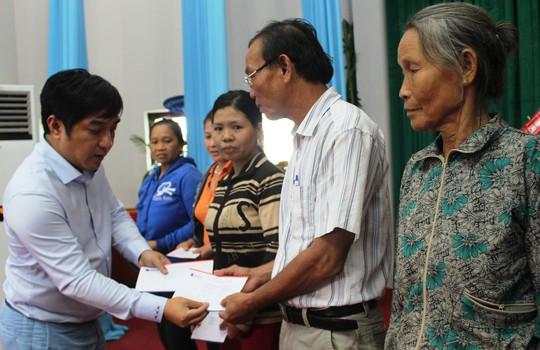 Công ty Đèo Cả và Báo Người Lao Động cứu trợ vùng tâm bão - Ảnh 3.