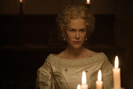 Nicole Kidman vẫn tỏa sáng ở tuổi 50 - Ảnh 2.