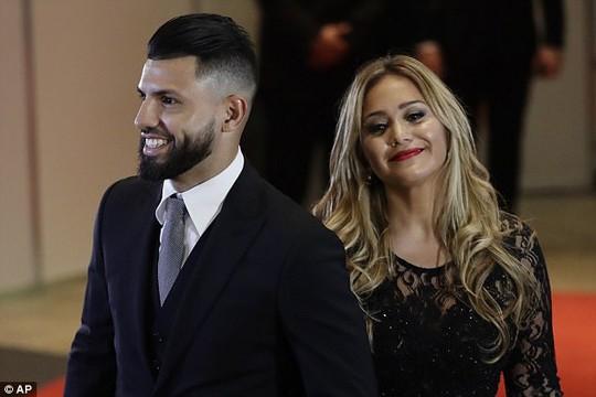 Sao bóng đá tề tựu dự đám cưới Messi - Ảnh 9.