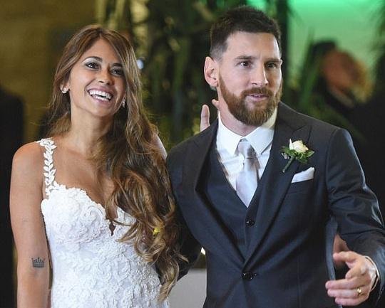 Messi nhận lương mới nửa triệu bảng/tuần - Ảnh 2.