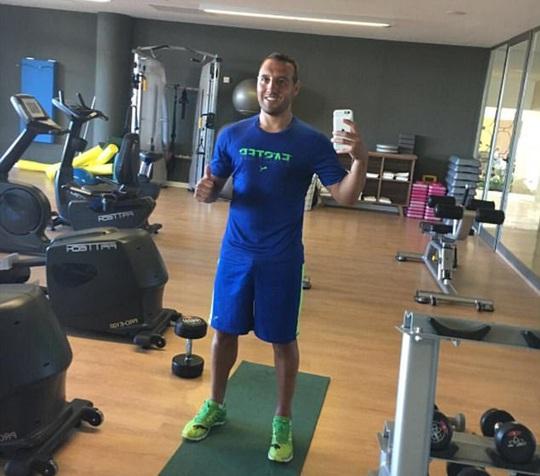 Cazorla trở lại tập luyện sau 8 tháng chấn thương - Ảnh 1.