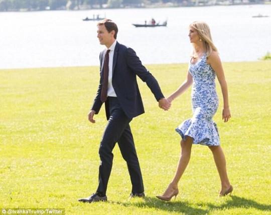 Vợ chồng Ivanka Trump ngọt ngào đến lạ - Ảnh 1.