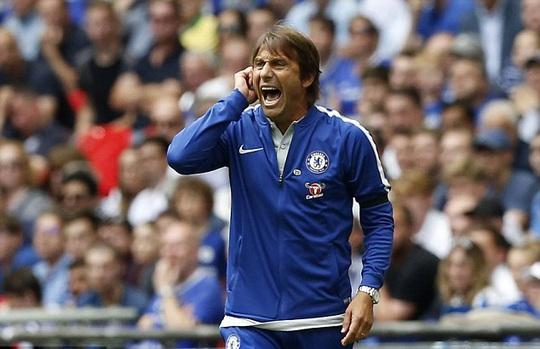Chelsea chi 25 triệu bảng lôi kéo Chamberlain - Ảnh 3.