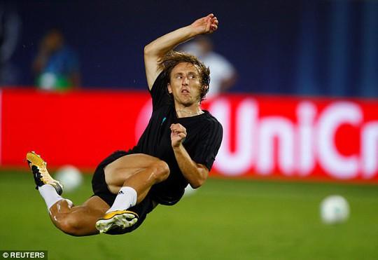 M.U, Real Madrid sẵn sàng cho Siêu cúp châu Âu - Ảnh 10.