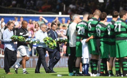 Mourinho làm thủ môn, đội nhà thủng lưới liền 6 bàn - Ảnh 1.