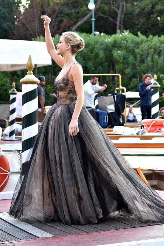 Jennifer Lawrence lộng lẫy tại LHP Venice - Ảnh 7.
