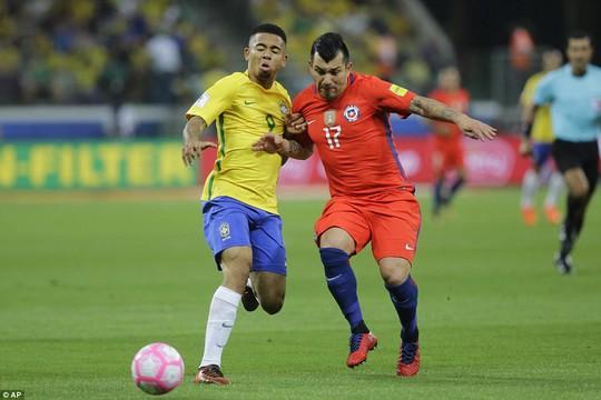 Sanchez và đồng đội đắng lòng nhìn Peru lấy suất play-off World Cup - Ảnh 5.