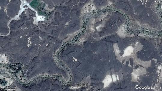 Phát hiện di tích Ả Rập 7.000 năm tuổi nhờ… Google - Ảnh 2.