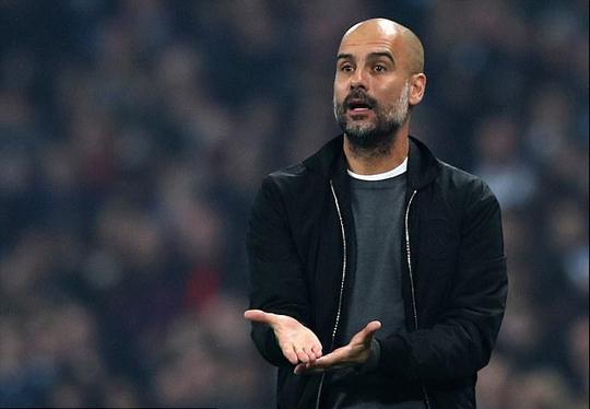 Man City suýt bị loại, Guardiola đổ thừa quả bóng - Ảnh 1.