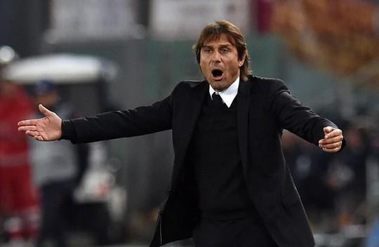 HLV Conte có nguy cơ bị sa thải mùa này