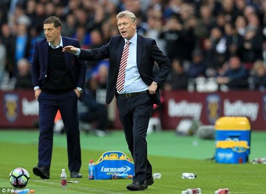 Moyes thay thế Bilic: Fan West Ham nổi giận - Ảnh 2.