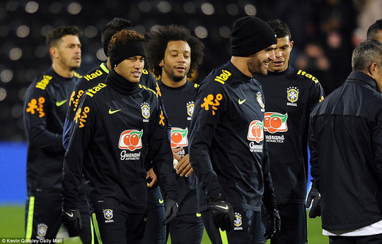HLV tuyển Brazil: Tôi không có vấn đề gì với Neymar! - Ảnh 4.