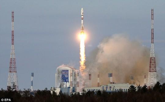 Tên lửa Nga rơi vì sự đãng trí khó đỡ - Ảnh 1.