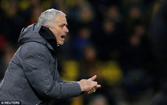 Mourinho: Lukaku tịt ngòi vì thiếu tài trợ giày - Ảnh 2.