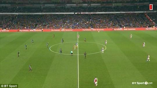 Những điều thú vị bạn có thể lỡ trận Arsenal - M.U - Ảnh 1.
