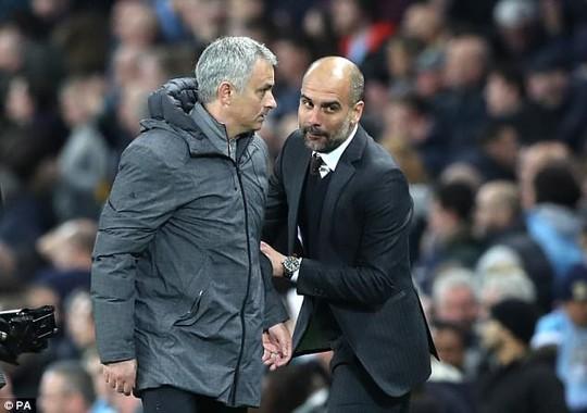 Guardiola: Tôi thà nghỉ hưu chứ không dựng xe buýt! - Ảnh 2.