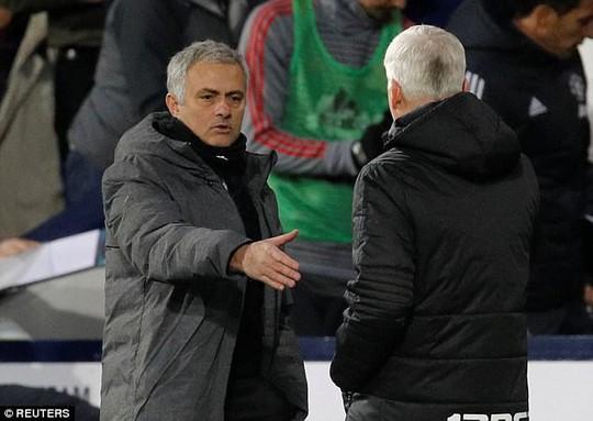 Mourinho lý giải nguyên nhân Lukaku nguội lạnh khi ghi bàn - Ảnh 2.