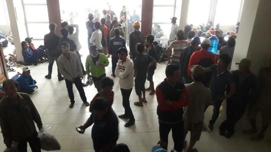 Gió mạnh dần, Côn Đảo đón 1.000 người tránh bão số 16 (Tembin) - Ảnh 7.