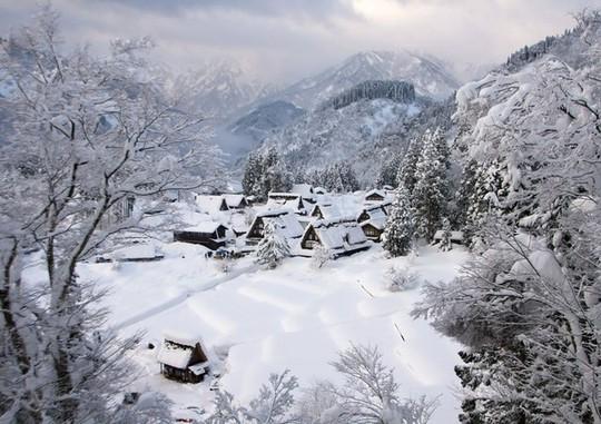 Những ngôi làng đẹp như trong chuyện cổ tích - Ảnh 5.