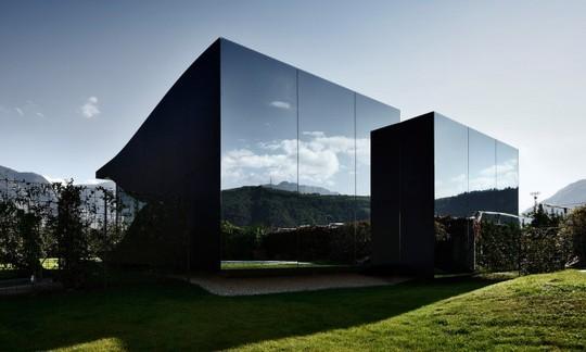 Chiêm ngưỡng những ngôi nhà độc đáo nhất thế giới - Ảnh 4.
