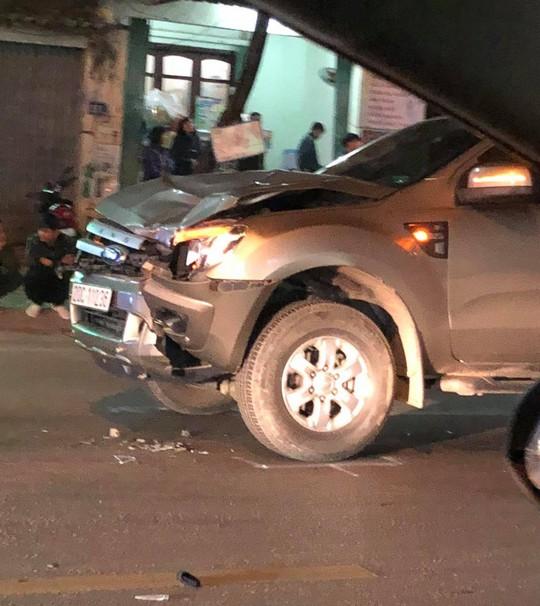 4 người bị ô tô tông tử vong khi qua đường - Ảnh 1.