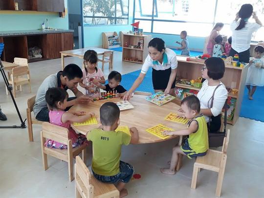 Đà Nẵng: Con công nhân học trường mầm non 5 sao - Ảnh 1.