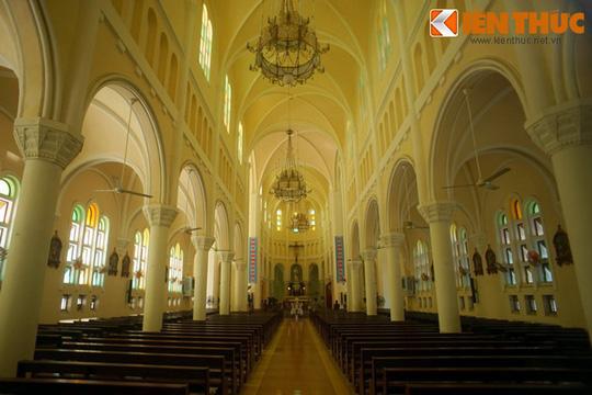 Khám phá nhà thờ Nhọn nổi tiếng ở Quy Nhơn - Ảnh 6.