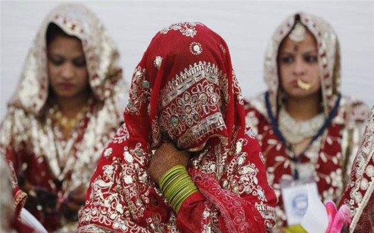 Nhiều phụ nữ Hồi giáo chấp nhận ngủ với người lạ để hàn gắn hôn nhân. Ảnh: India Today