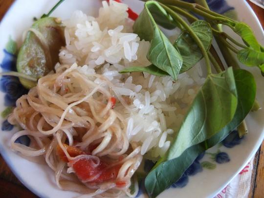 Thèm quá cơm nếp xứ Lào!