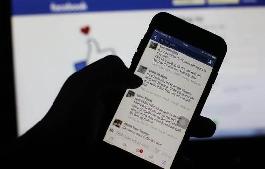 Một số người có thói quen thích đùa cợt, chê bai ác ý trên mạng xã hội Ảnh: Hoàng Triều