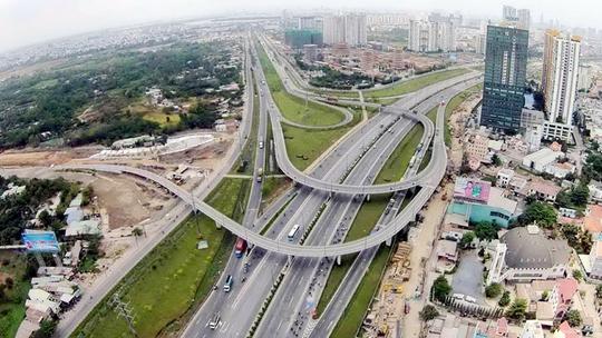 Đầu tư BĐS liền thổ ăn theo sóng hạ tầng vẫn được đánh giá có biên lợi nhuận lý tưởng nhất.