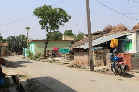 Đi chân đất ở Lumbini - Ảnh 8.
