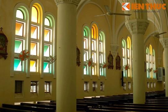 Khám phá nhà thờ Nhọn nổi tiếng ở Quy Nhơn - Ảnh 8.