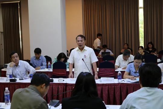 """Ông Mai Đức Chính, Phó Chủ tịch Tổng LĐLĐ Việt Nam: """"Quả bóng khởi kiện đang nằm trong """"chân"""" của tòa án..."""""""