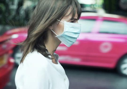 Đi bộ trên phố ô nhiễm chỉ là công dã tràng - Ảnh 1.