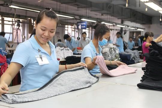 Xây dựng văn hóa an toàn lao động tại nơi làm việc là hoạt động trọng tâm của các cấp Công đoàn trong năm 2017 Ảnh: KHÁNH CHI