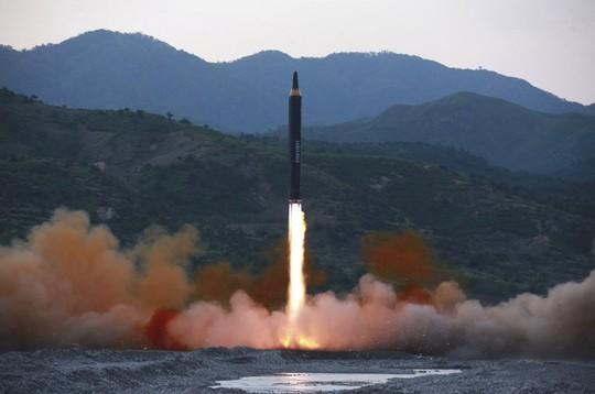Bắn tên lửa Triều Tiên, Mỹ được và mất gì? - Ảnh 1.