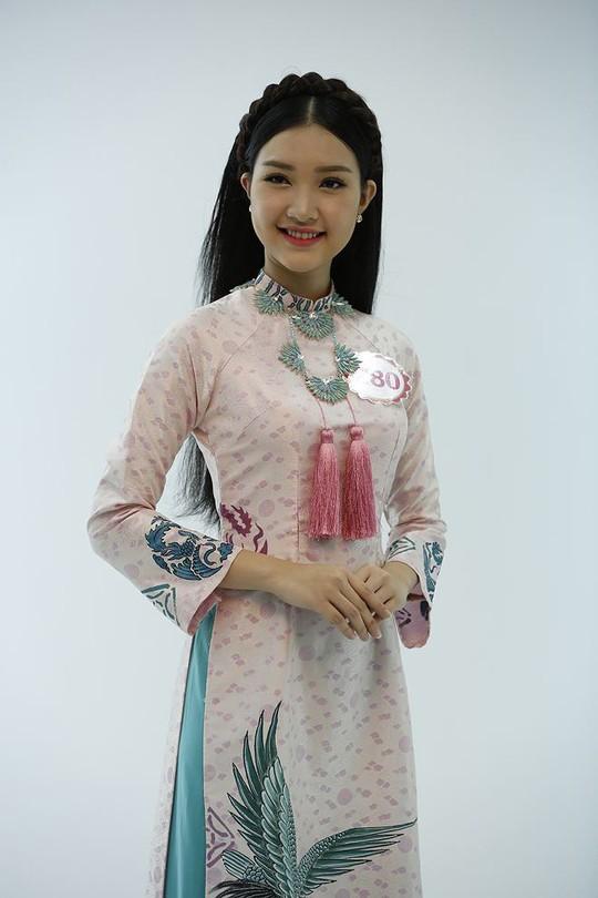 Vẻ đẹp ngọt ngào của nàng thơ xứ Huế - Ảnh 7.