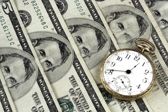 Dùng tiền mua hạnh phúc với 3 cách vô cùng đơn giản - Ảnh 1.
