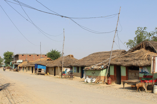 Đi chân đất ở Lumbini - Ảnh 9.