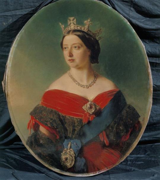 Viên Koh-i-Noor trên hoa cài áo của nữ hoàng Victoria. Ảnh: Bridgeman Images