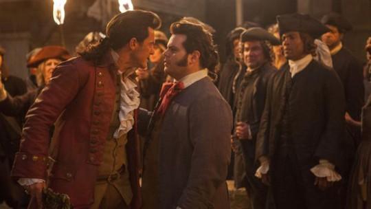 Nhân vật LaFou là người đồng tính, thích nhân vật phản diện Gaston