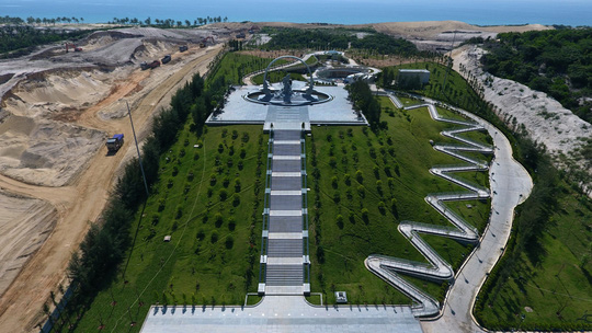 Chiêm ngưỡng Khu tưởng niệm Gạc Ma từ trên không - Ảnh 1.