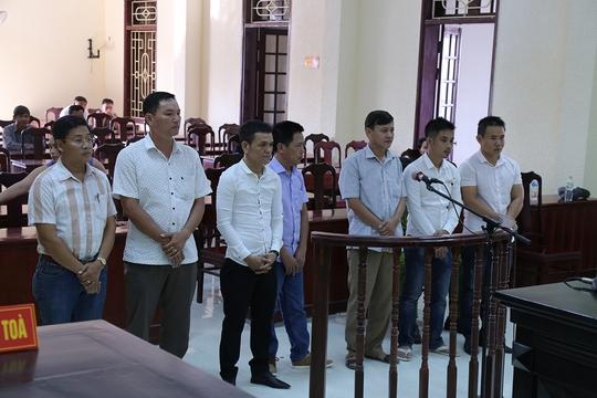 Bí thư Đảng ủy phường bị phạt 35 triệu đồng vì tội đánh bạc - Ảnh 1.
