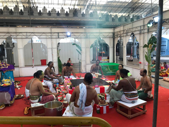 Khám phá hai ngôi đền Ấn Độ lớn tại Singapore - Ảnh 1.
